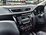 Nissan-Qashqai-Test-Drive-Interior.jpg